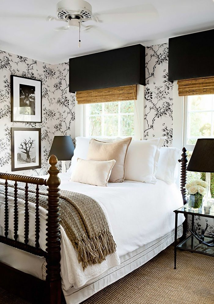 Farmhouse Bedroom Floral Wallpaper