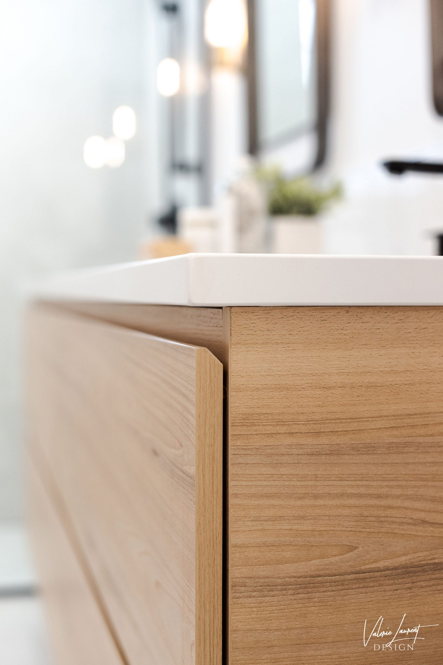 Valerie Laurent Design Furniture Detail Vanity Custom Wood Bois vanité sur mesure